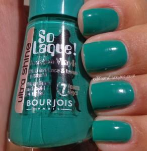 Bourjois Vert Chlorophylle Swatch