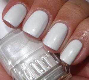 Duri Lady In White 1