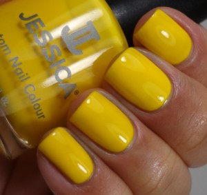 Jessica Yellow Lightning 2