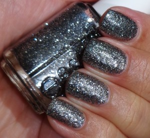 Essie Ignite The Night 2