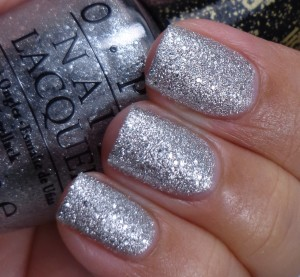 OPI It's Frosty Outside 2