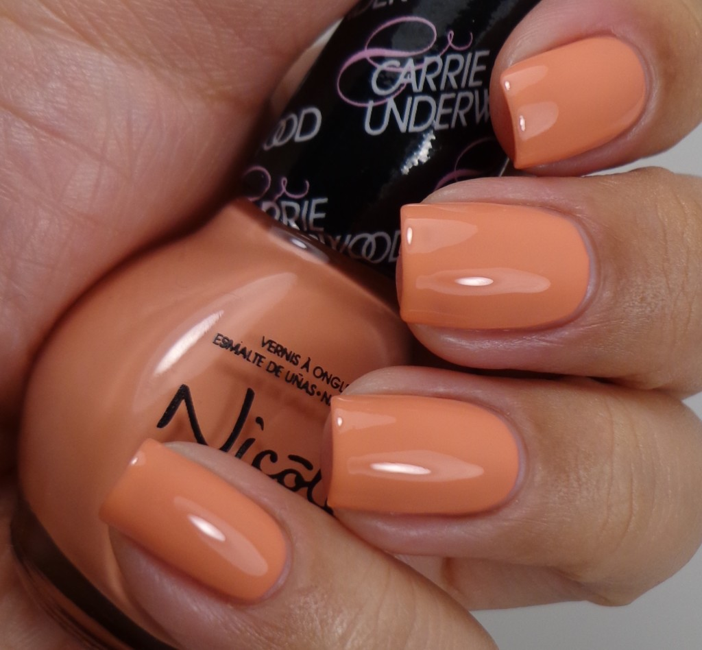 Nicole by OPI Sweet Daisy 2