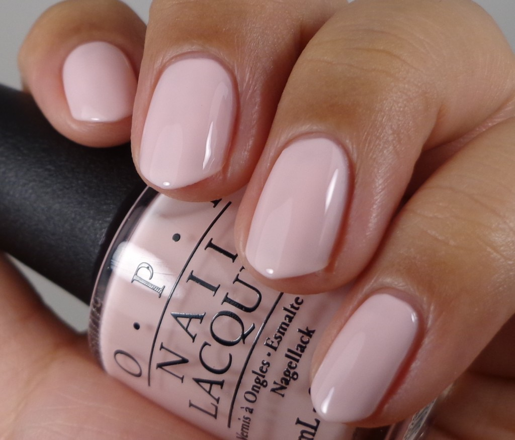 OPI I Love Applause 1