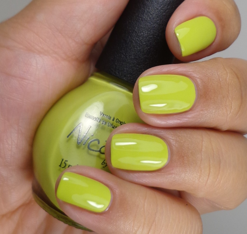 Nicole by OPI Sweet on Pete 1