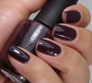 The Lacquer Ring – Vampy
