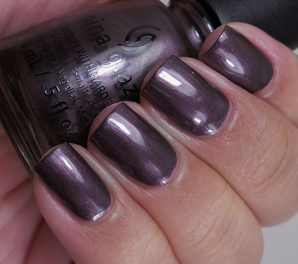 China Glaze No Peeking! 2