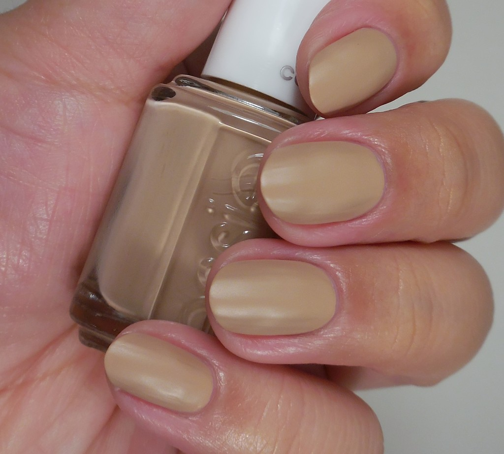 Essie All Eyes on Nudes 2