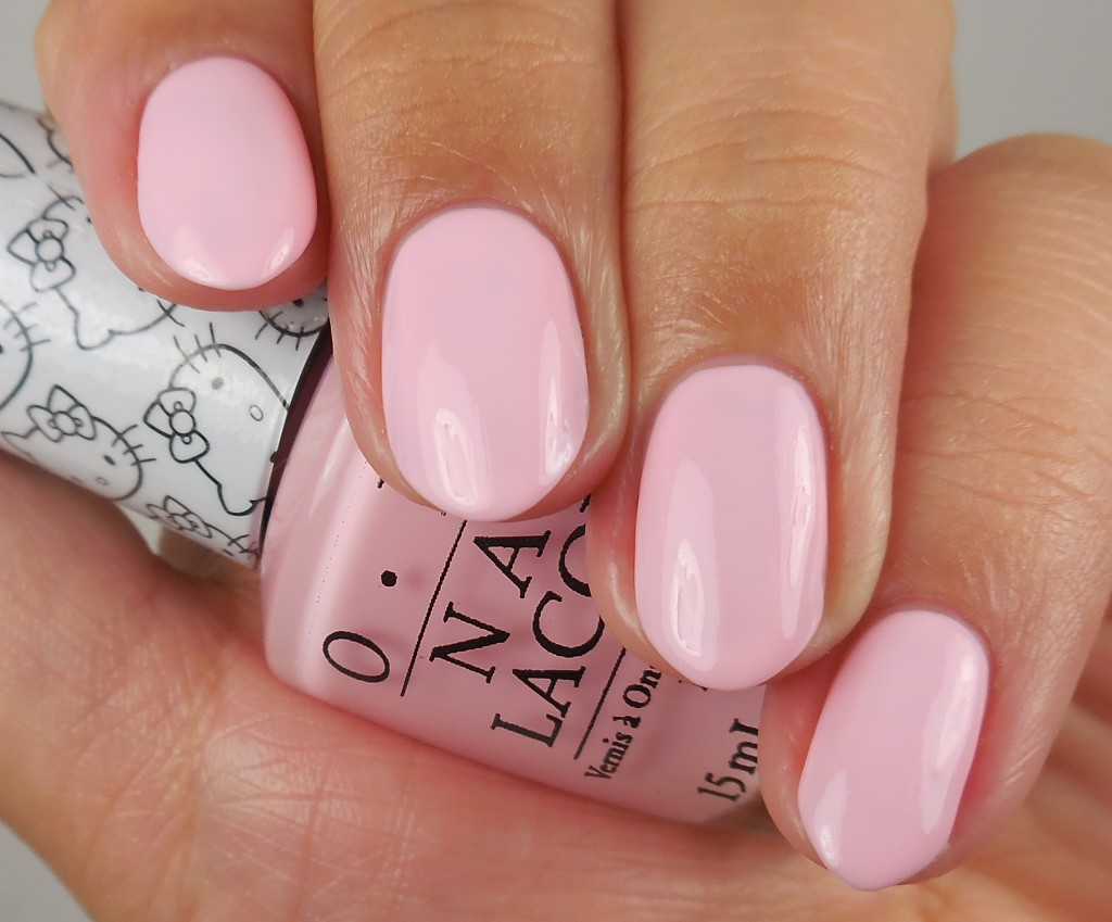OPI Hello Kitty Collection Small+Cute= heart 1