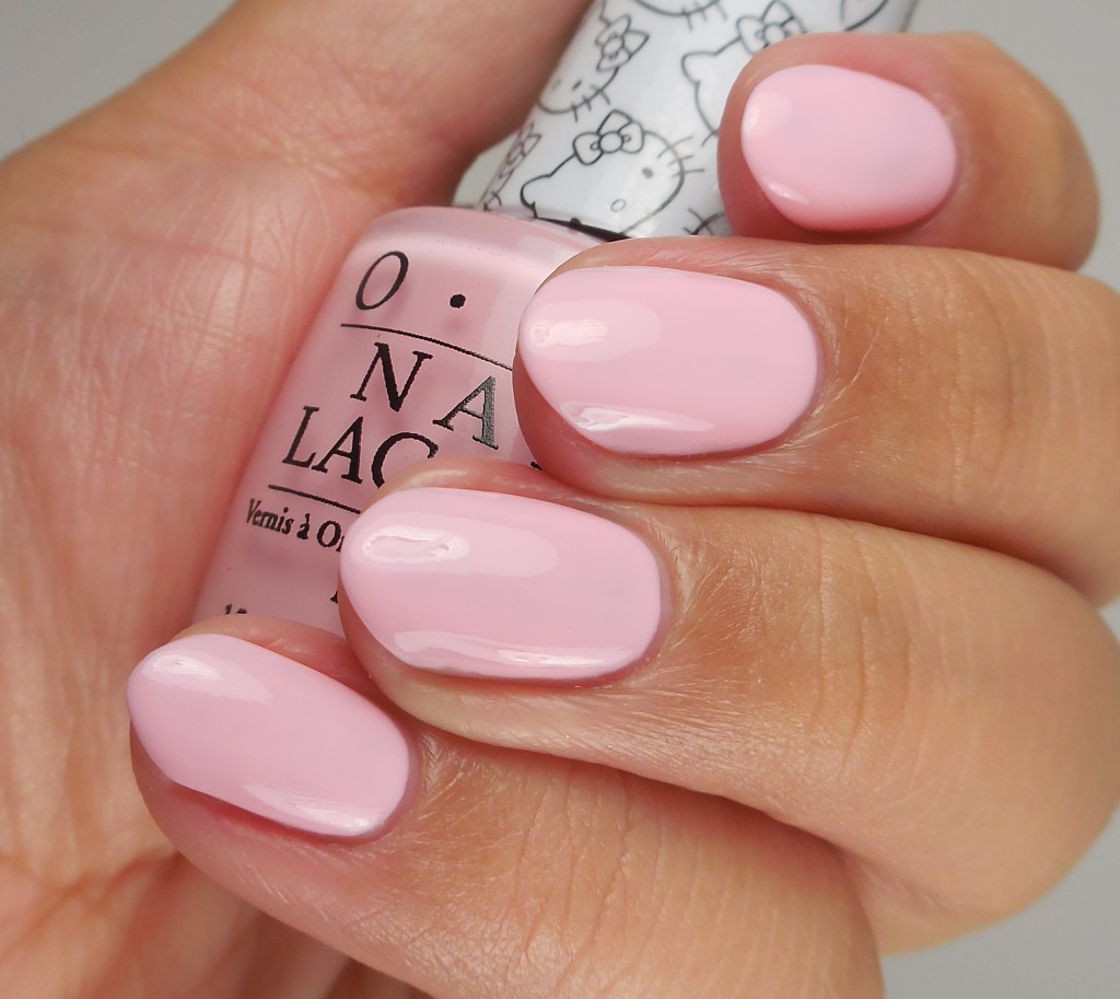 OPI Hello Kitty Collection Small+Cute= heart 2