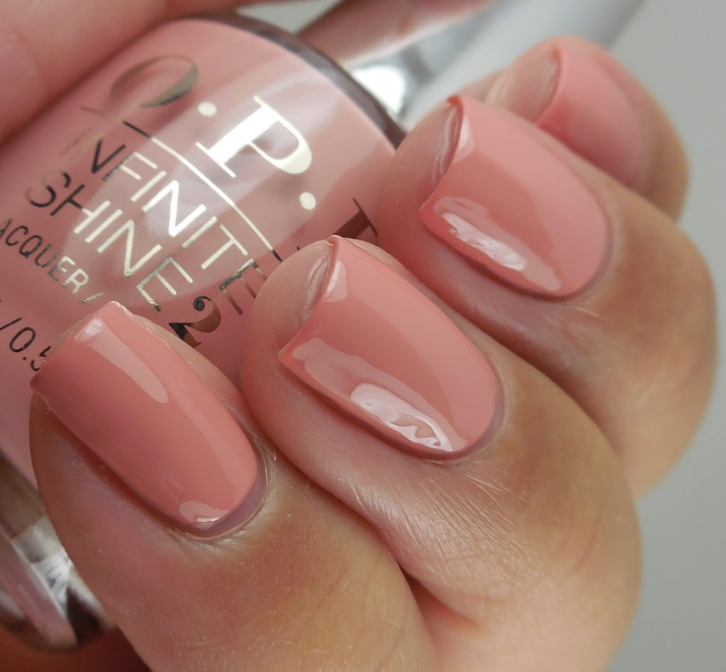 OPI Iceland I'll Have A Gin & Tectonic
