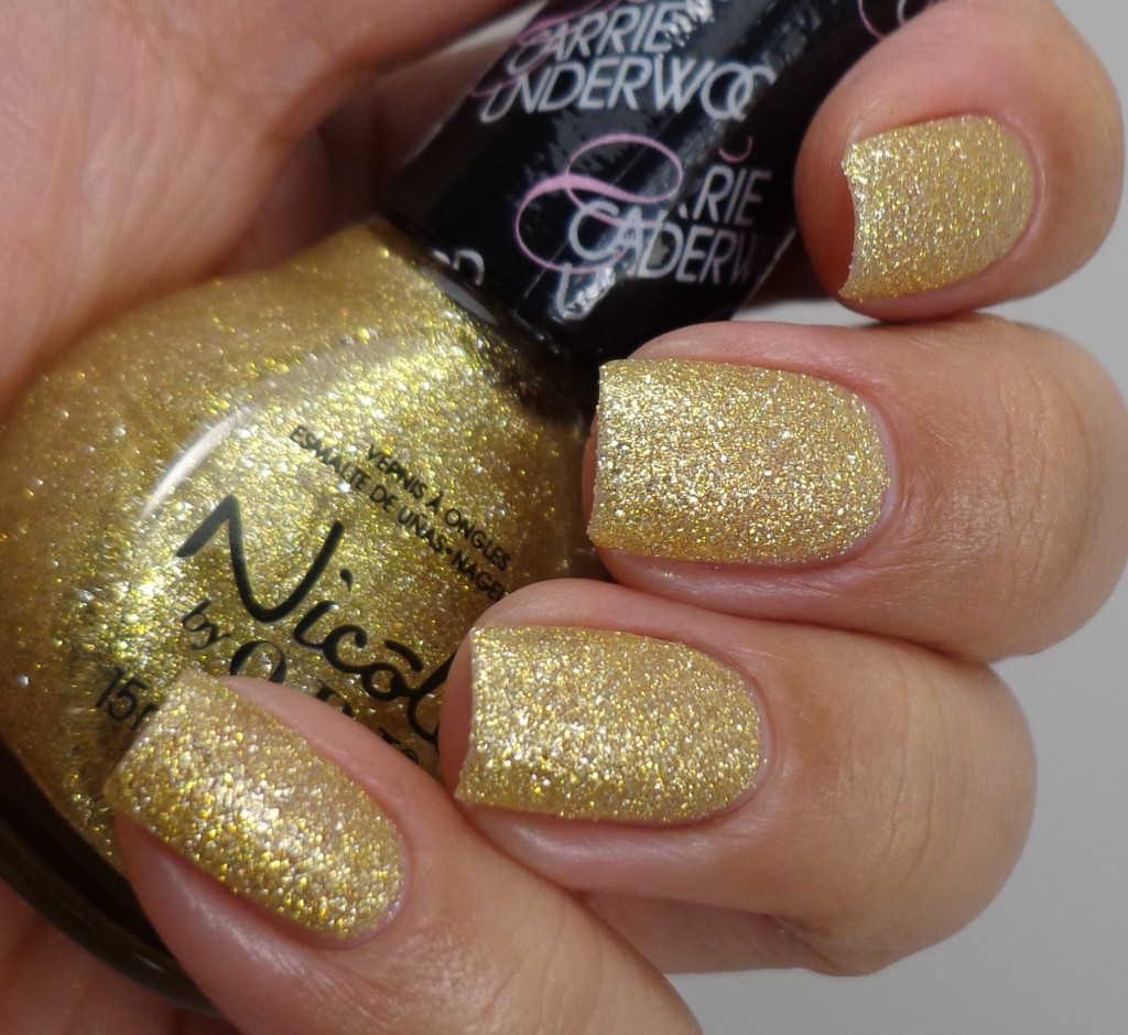 Nicole by OPI Carrie'd Away 2