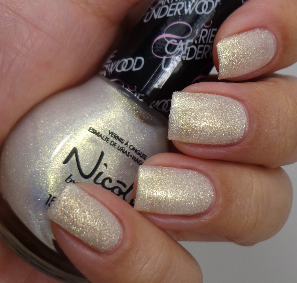 Nicole by OPI Sing You Like A Bee 2