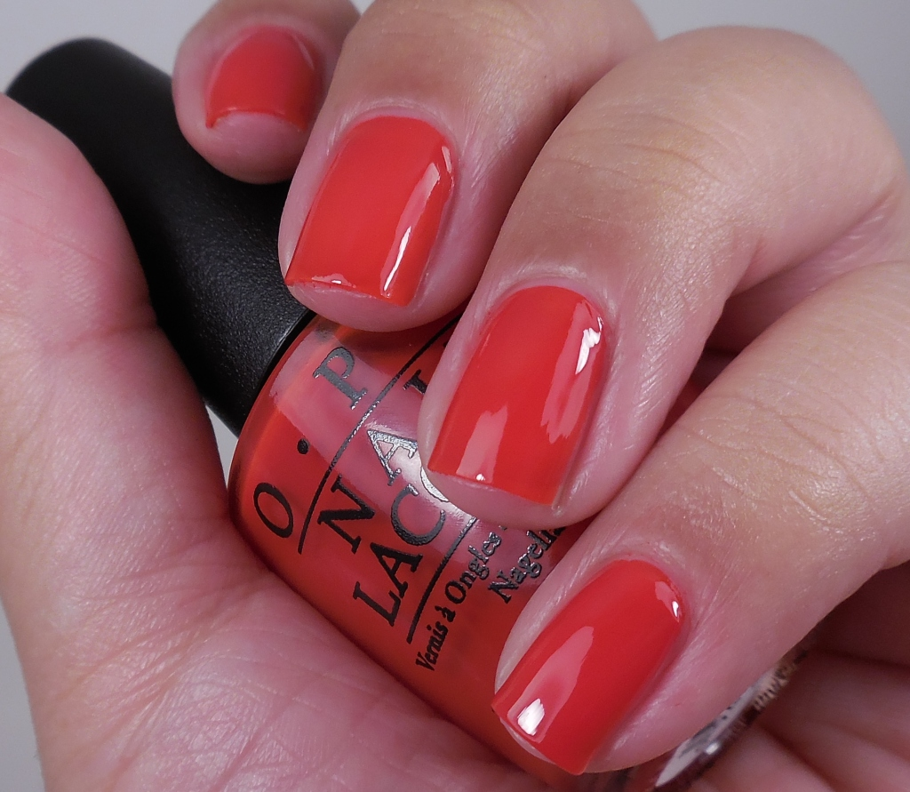 OPI Fasion A Bow 1