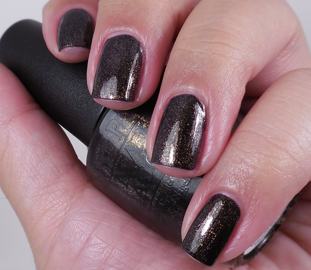 OPI First Class Desires 1