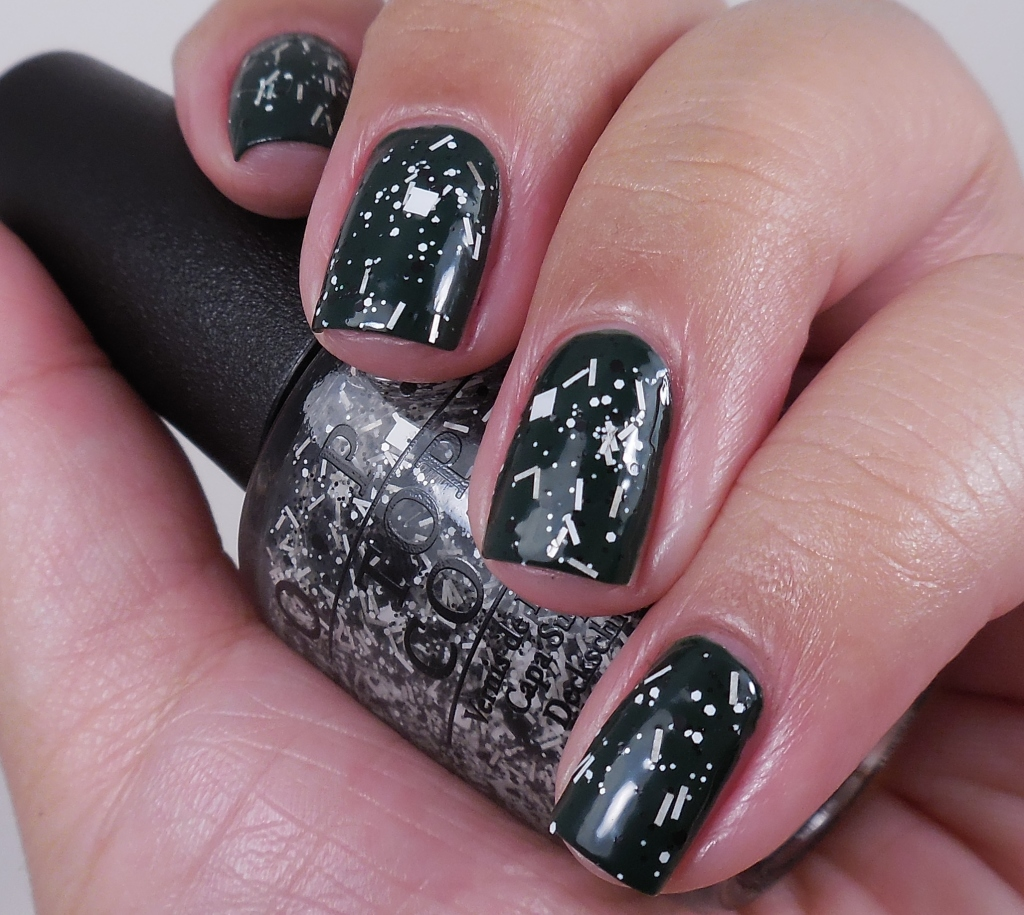 OPI I'll Tinsel You In 1