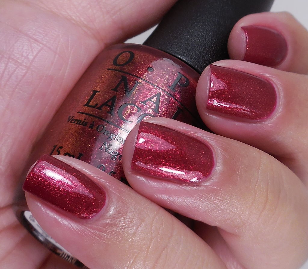 OPI Red Fingers And Mistletoes 2