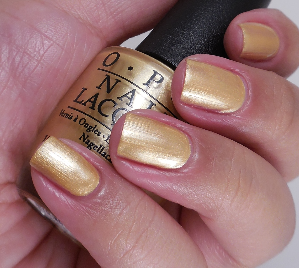 OPI Rollin' In Cashmere 2