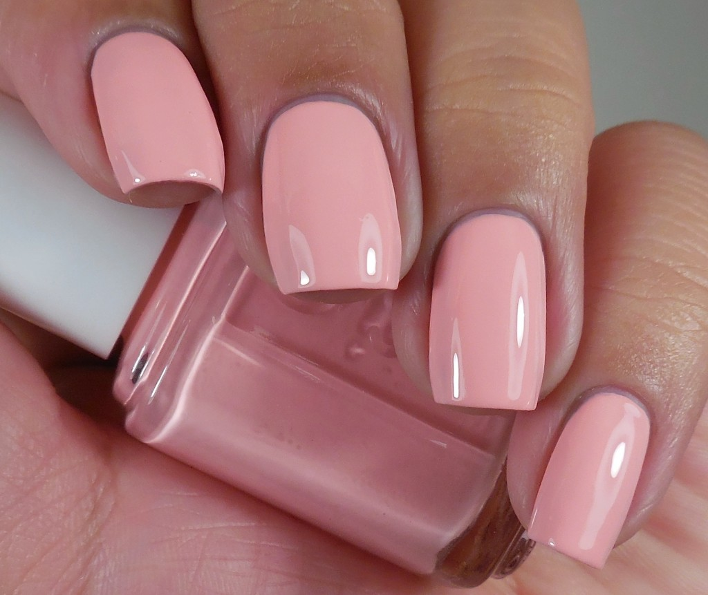 Essie Groove Is In The Heart 1