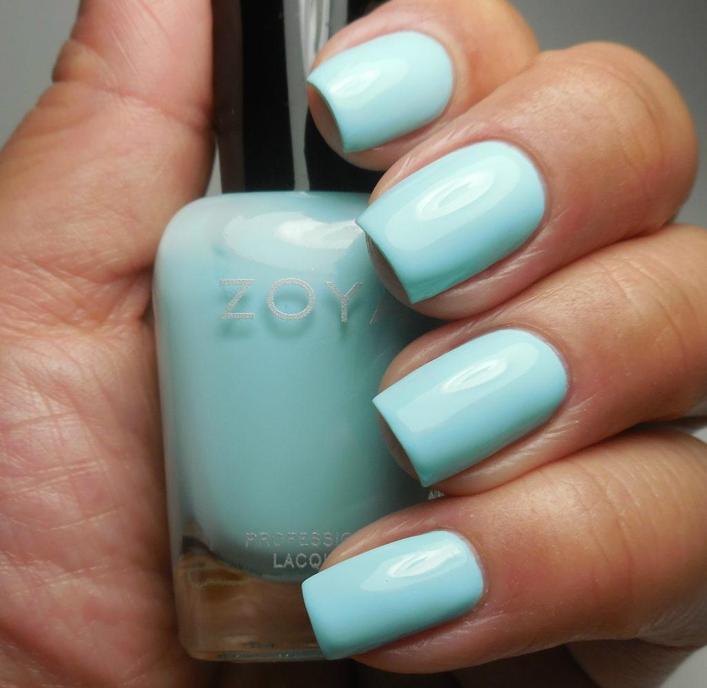 Zoya Barefoot